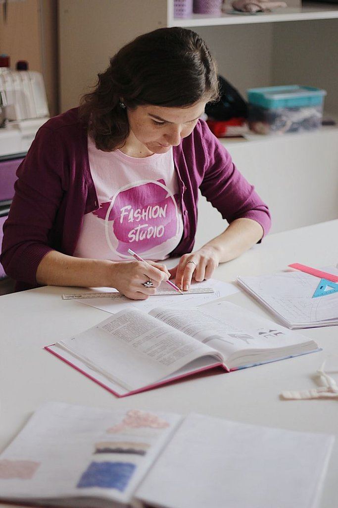 дизайнер одягу навчання